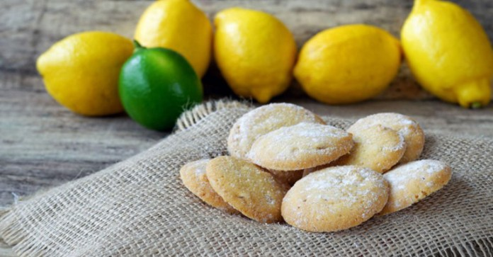 simple-recipe-glazed-lemon-cookies