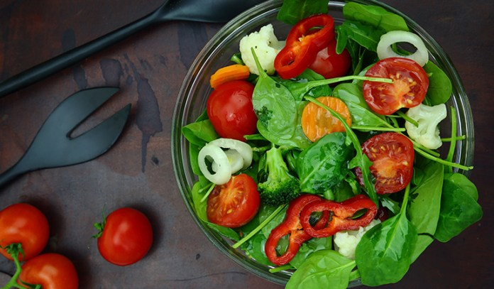 Eat leafy greens to reduce belly fat