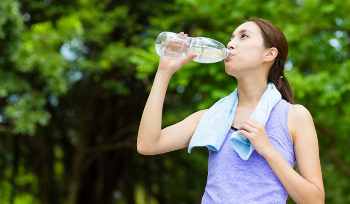 Drink plenty of water to reduce belly fat