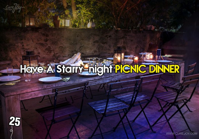 25-have-a-starry-night-picnic-dinner