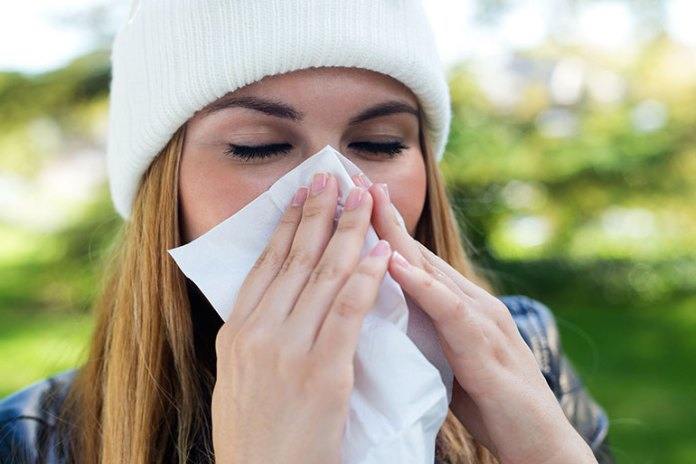 Follow Etiquette: Prevent Spreading A Cold To Your Baby