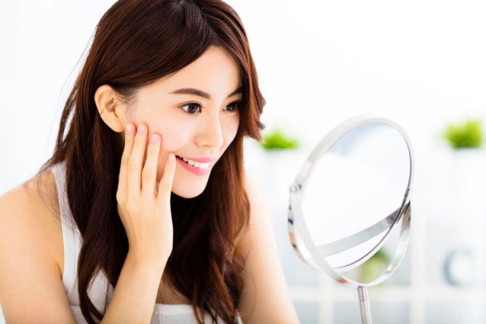 Hydrates Skin: Benefits Of Licorice Tea