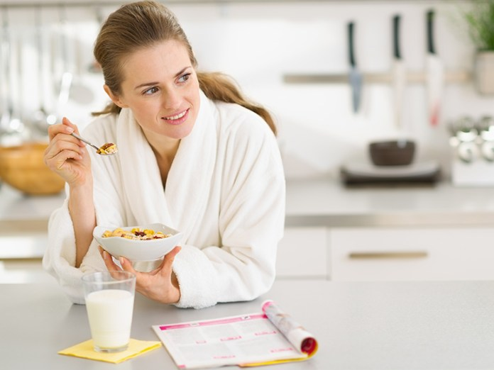 Mindful Eating: What Is Mindful Eating?
