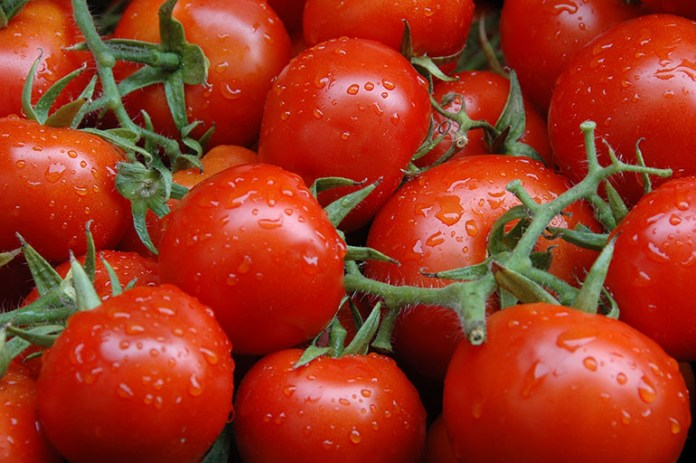 Tomatoes: Acid Reflux? Here Are 10 Foods You Should Avoid