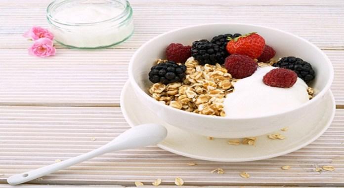 milk_or_yogurt-based_fruit_smoothies-1