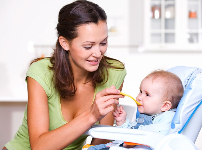 Baby cooperating: 5 Interesting Benefits Of Mother-Baby Song Time