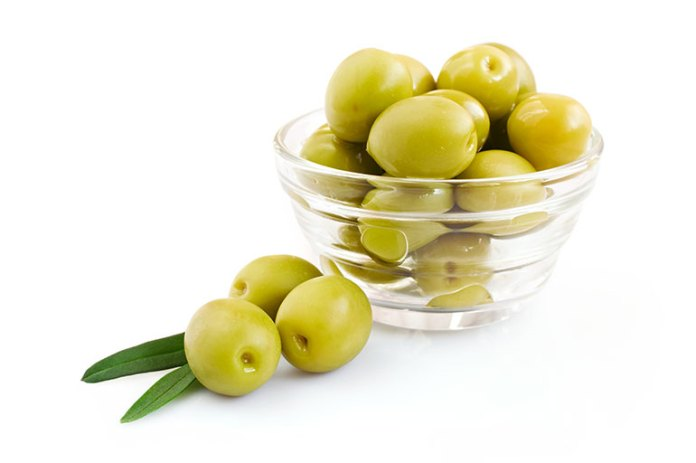 Healthy Blood: 9 Reasons Why Olives Are Good For You