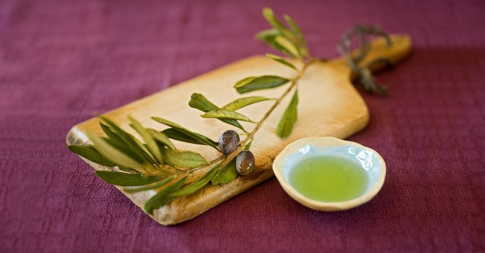 Health Benefits Of Olive Oil Leaf Extract