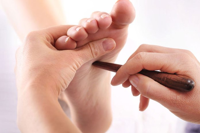 Acupressure Heals The Cause Of Allergies And Food Intolerance