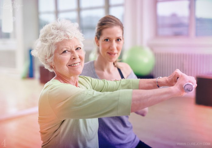 4-fight-arthritis-with-weights