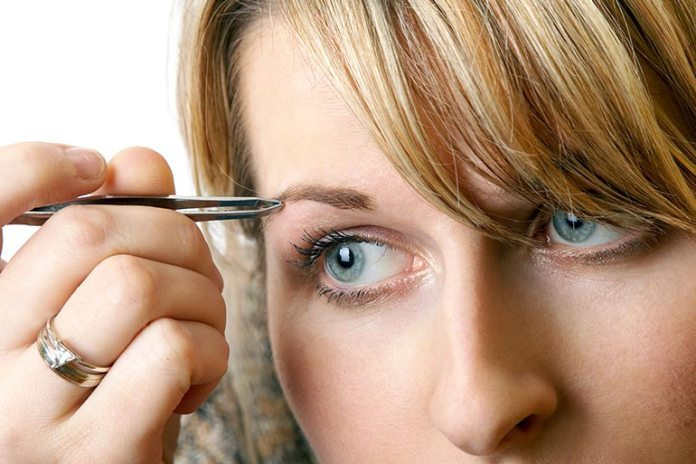 Causes Of Eyebrow Loss You Should Know: Excessive Plucking