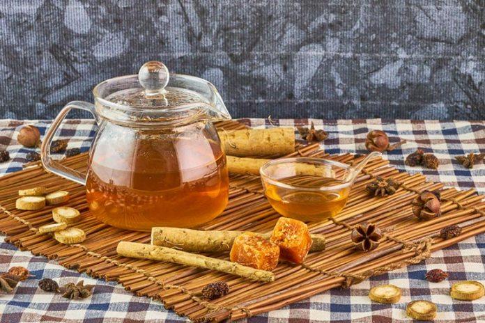 Burdock Tea Has Anti-Inflammatory And Antibacterial Effects On The Body