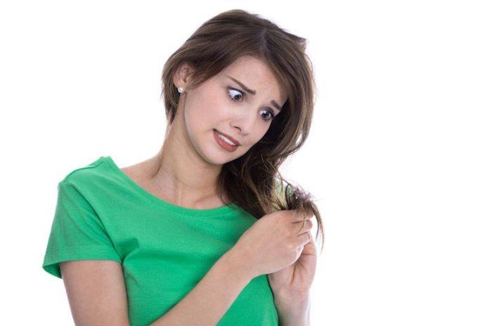 Brahmi-amla hair oil prevents split ends