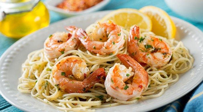 Spaghetti Squash Shrimp Scampi Is An Alternative For Regular Scampi