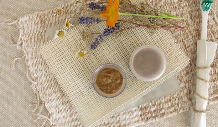 Make Toothpaste Using Essential Oil At Home