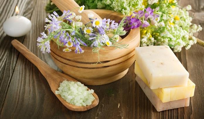 Udvartana massages the body using herbal powders in an upward movement.