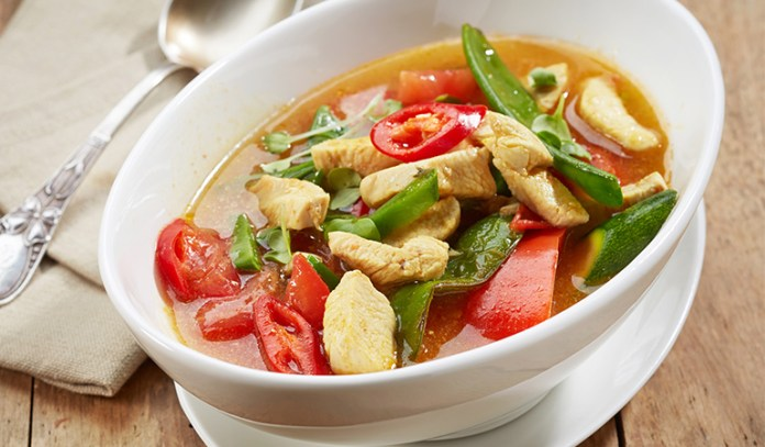chicken soup is a healing food to eat when sick