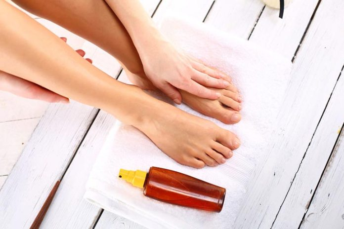 Applying tea tree oil to your nails can reduce fungal infections and prevent further growth.