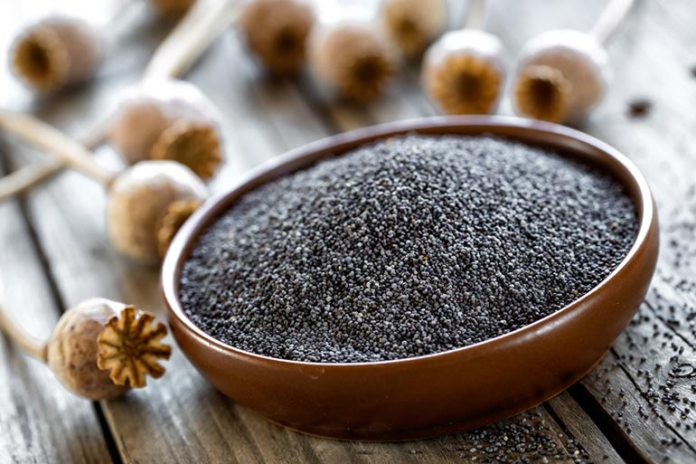 Ground Poppy Seeds Can Be A Great Dessert Filling