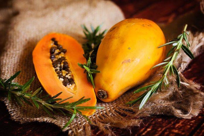 Papaya promotes skin benefits