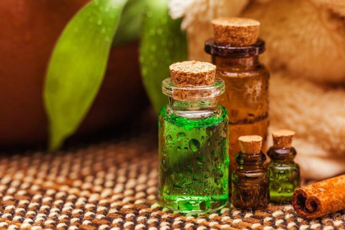 essential oil application helps fever blisters heal