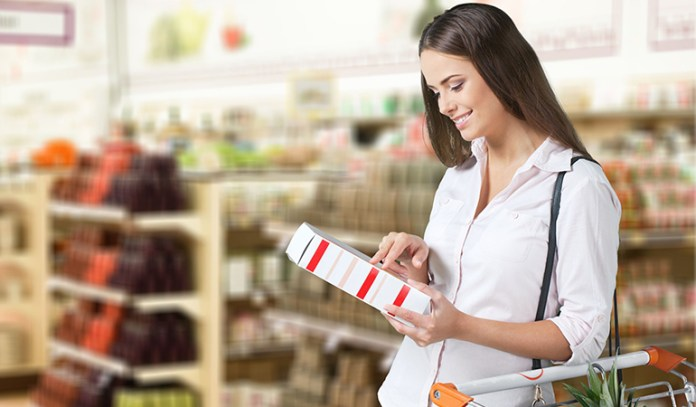 Reading Food Labels While Shopping Helps You Make Healthier Choices