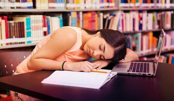 Longer naps cause grogginess