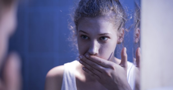 Ways Bulimia Nervosa Affects Your Oral Health