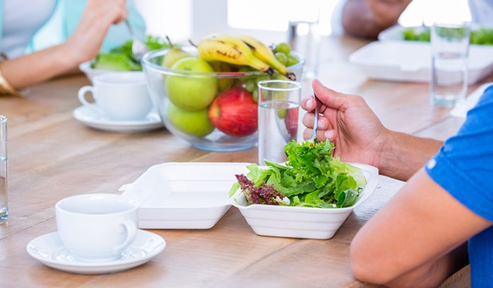 drink water while eating to prevents overeating