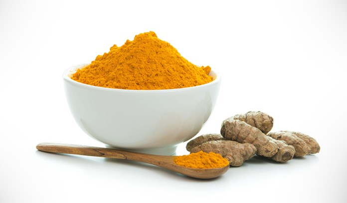 Turmeric honey face mask for reducing acne
