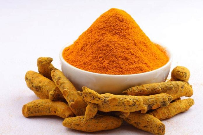 Turmeric Powder Can Help You Age Gracefully