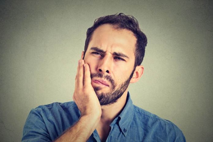 lemon to reduce tooth ache