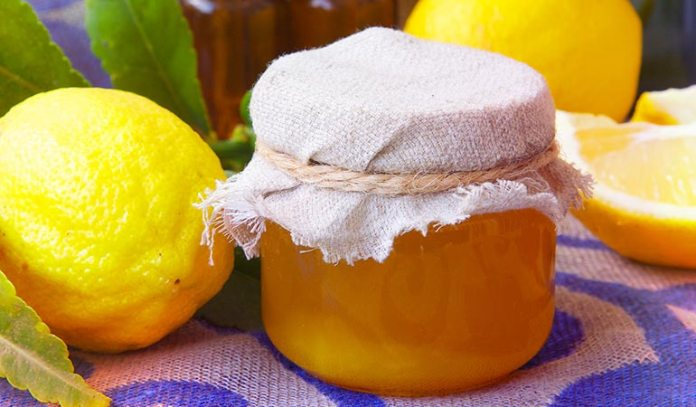 The combination of lemon juice and honey fights asthma triggers.