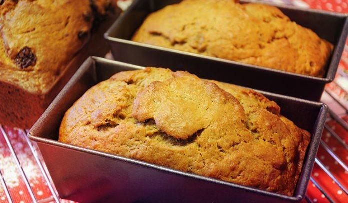 :Fruity breads