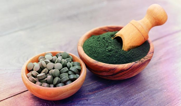 Spirulina is a type of algae that contains 28 grams of protein per 50 grams