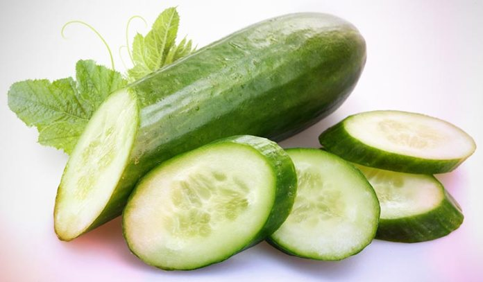 Tomato and cucumber face pack is helpful to soothe oily skin.