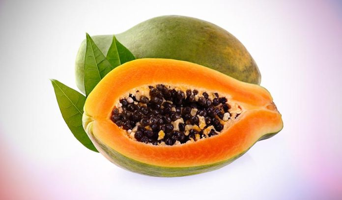 Oatmeal and papaya pack helps in exfoliating dry skin and hydrates the skin