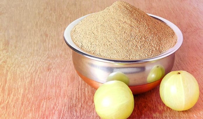 Consume a paste of Indian gooseberry powder, lemon juice, and honey.