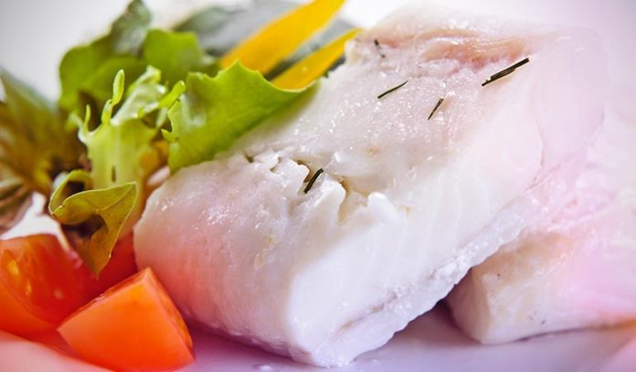 (Ranking the third most nutritious fish, halibut is also good for weight loss.)