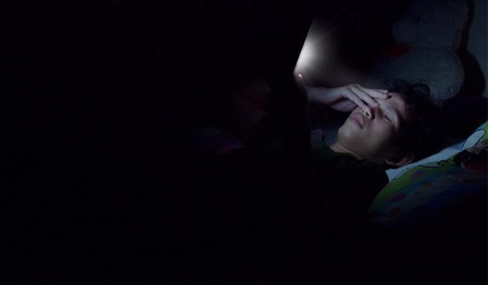 Avoid using gadgets before sleeping