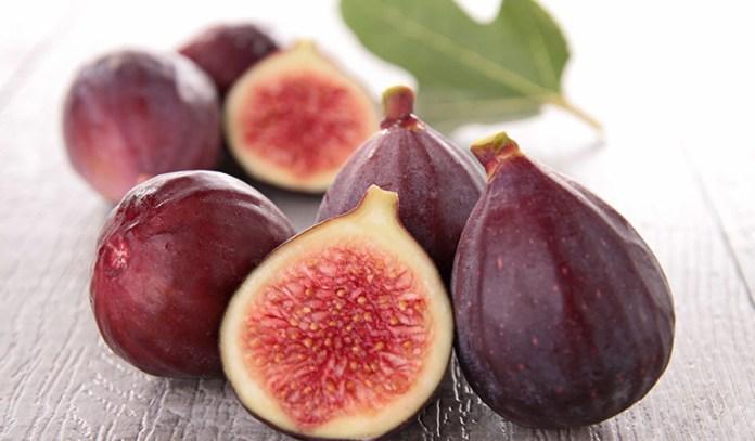One fig packs 1.9 grams of fiber in it.