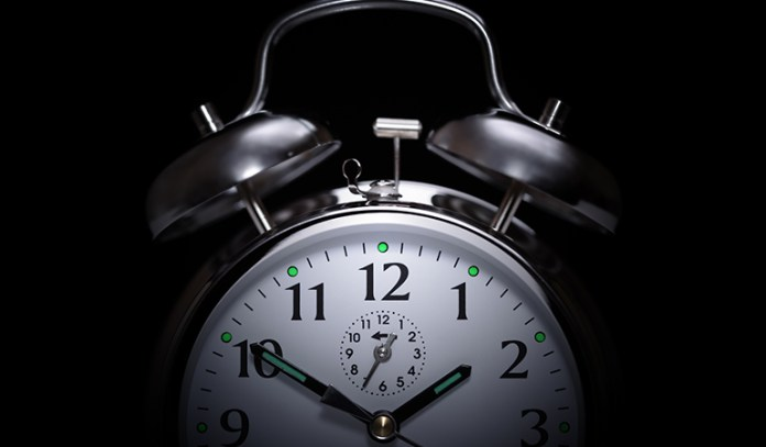 Sleep at the same time every day to stimulate REM sleep