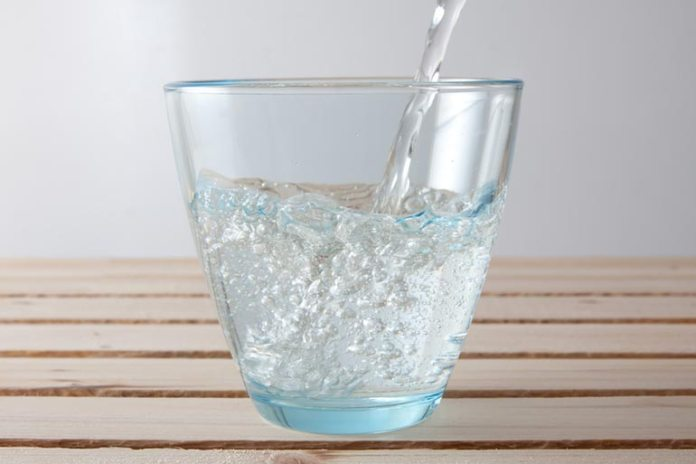 Yogurt whey can be added to carbonated water