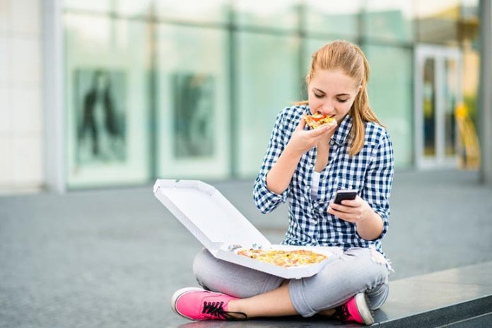 Distracted eating can make you eat more and unhealthy foods