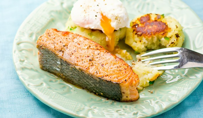 Poached eggs and salmon make a good combo for a low-carb breakfast