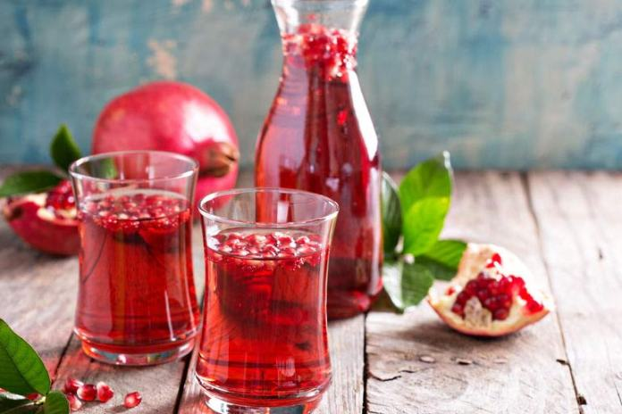 Pomegranate contains vital nutrients that will energize you instantly