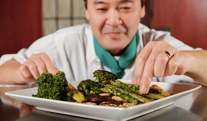 Asparagus and broccoli are loaded with fiber and antioxidant properties