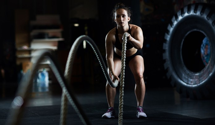 Battle ropes burn up to 618 calories per hour.