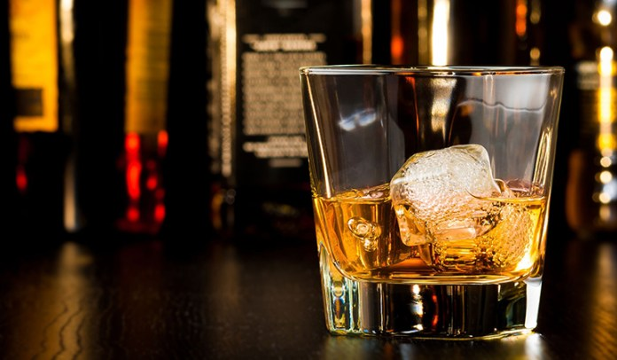 Drink whiskey with ice <!-- WP QUADS Content Ad Plugin v. 2.0.26 -- data-recalc-dims=