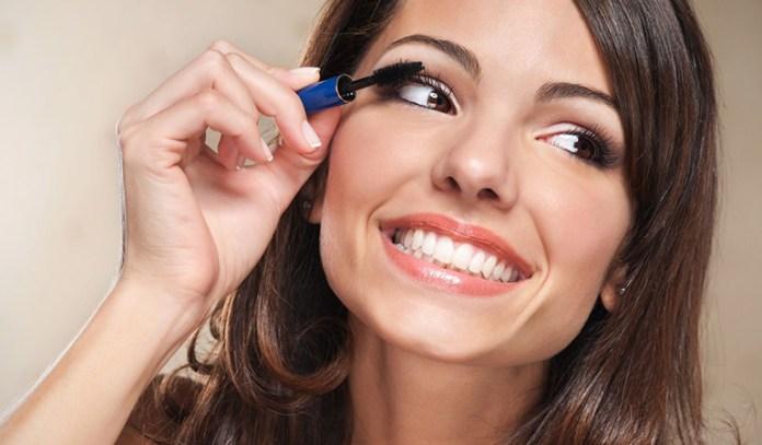 Homemade Mascaras Are Safer Than Regular Mascaras For Your Eyelashes